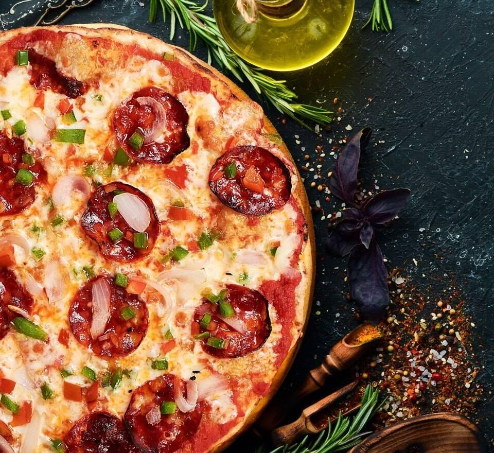 pizza a domicilio Castelldefels la artesana